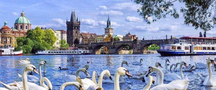 Mercoledì 24 ottobre al Caffè Astra: 1918-2018:  La Repubblica Ceca si presenta  serata di incontri e degustazioni  in collaborazione con Czech Tourism di Milano  e la Scuola Alberghiera di Praga